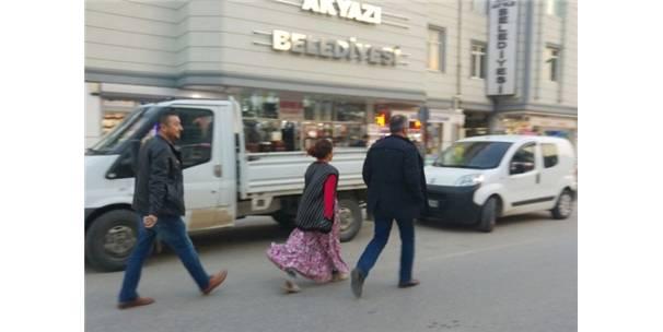 Tırnakçılık Yöntemiyle Hırsızlık Yapan Kadınlar Yakalandı