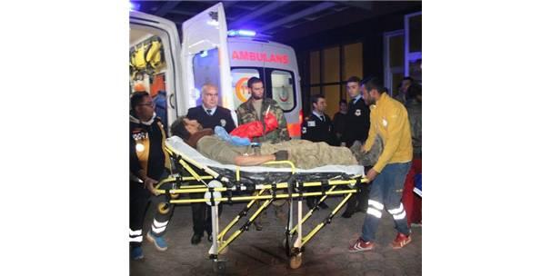 El Bab Operasyonunda Yaralanan Askerler Kilis'e Getiriliyor
