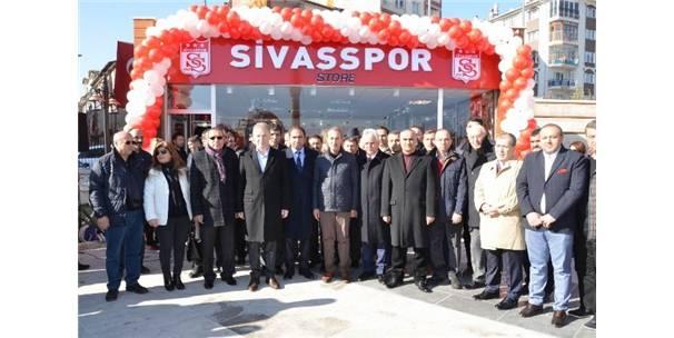 Sivasspor Store Hizmete Açıldı
