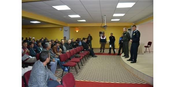 Bozyazı'da Emniyet Güçlerinden Vatandaşlara Bilgilendirme Toplantısı