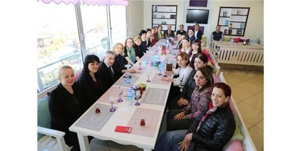 Türk Ve Acaralı kadınlar işbirliği için bir araya geldi