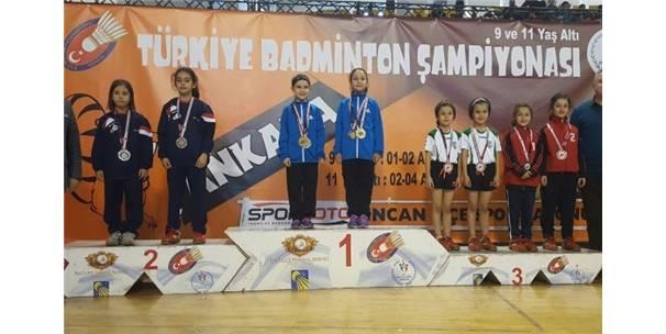 Badminton Şampiyonasından Gümüş Madalyayla Döndü