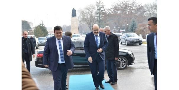 Yök Başkanı Prof. Dr. Yekta Saraç, Erzincan'da