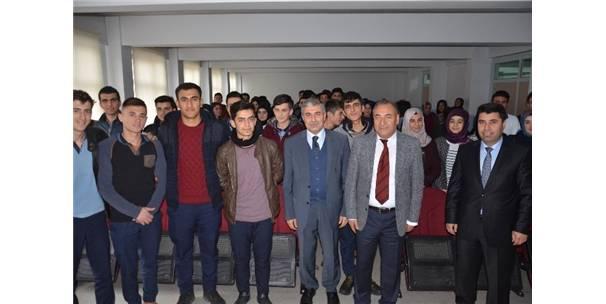 Başkan Aksoy Öğrencilere Belediyeciliği Anlattı