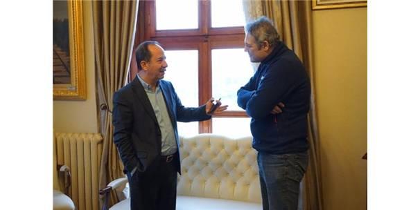 Ünlü Oyuncu Üzümcü'den Gürkan'a Ziyaret