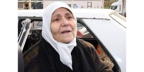 Esad'ın Zulmüne Dayanamayan Suat Nine Türkiye'ye Geldi
