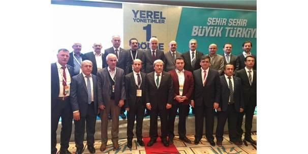Belediye Başkanları Ak Parti Yerel Yönetimler Toplantısında