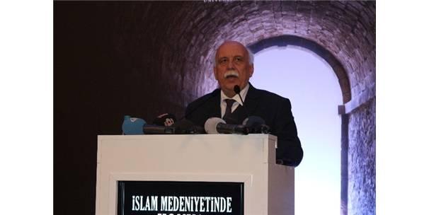 """""""İslam Medeniyetinde Konya"""" Sempozyumu"""