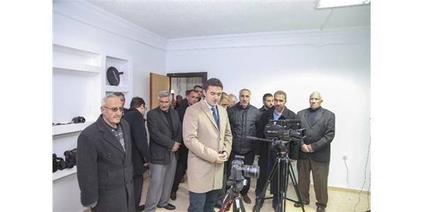 Ahlat'ta Yeni Bir Fotoğraf Stüdyosu Açıldı