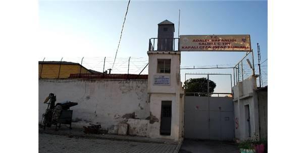 Manisa'da 60 Yıllık Cezaevi Yıkılıyor