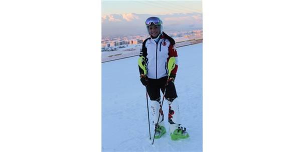 """Milli Kayakçı Sıla Kara: """"Biz Hazırız, Bekliyoruz"""""""