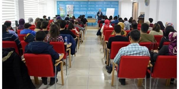 Selçuklu Gençlik Meclisi'nde Ortadoğu Konuşuldu