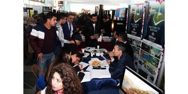 Turizmde 'Öğrenci-Sektör' Buluşması