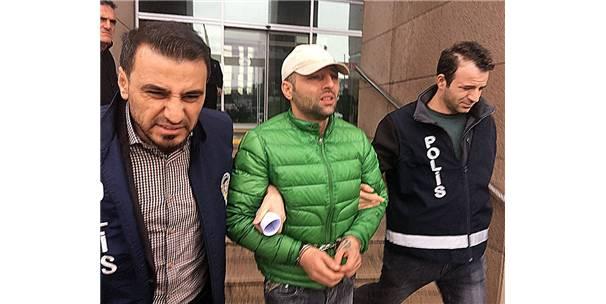 """İstanbul Adliyesinin """"Yardımsever"""" Dolandırıcısı Yakayı Ele Verdi"""