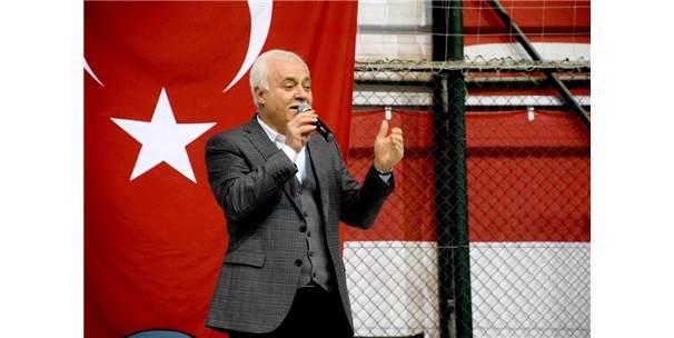 Nihat Hatipoğlu Giresun'da 'Şühedanın İzinde' Konferansına Katıldı