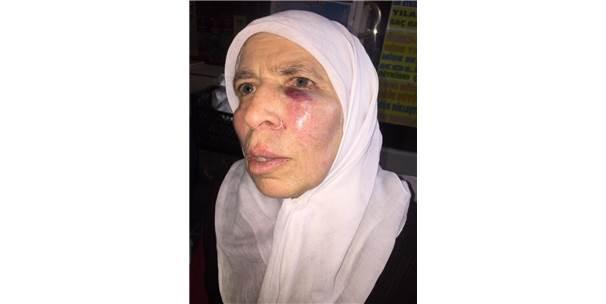 İzmir'de Yaşlı Kadın Acımasızca Yumruklandı