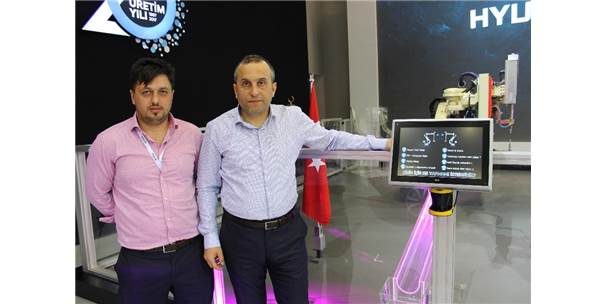 'İstanbul Autoshow'da Robot Şov