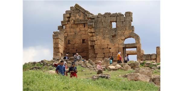 Doğu'nun Efes'ine Ziyaretçi Akını