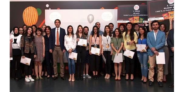 """Üniversite Öğrencilerinin Katıldığı """"Bizz@Kampüs"""" Yarışmasının Kazananı Belli Oldu"""