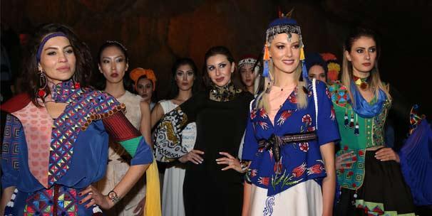 Tokat'ın geleneksel motifleri Ballıca Mağarası'ndaki defileyle görücüye çıktı