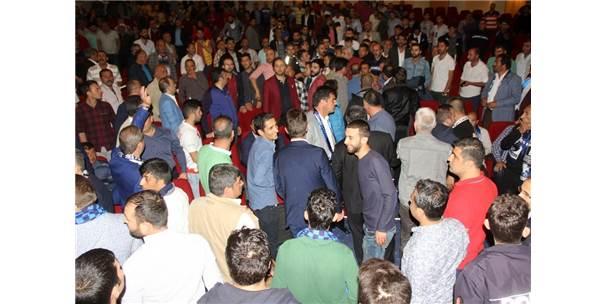 Erzurum'da Gergin Kongre