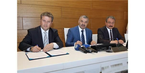 Erciyes Üniversitesi'nde Kütüphane Yapım Protokolü İmzalandı