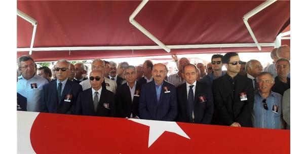 Eski Bakan Mehmet Moğultay Son Yolculuğuna Uğurlandı