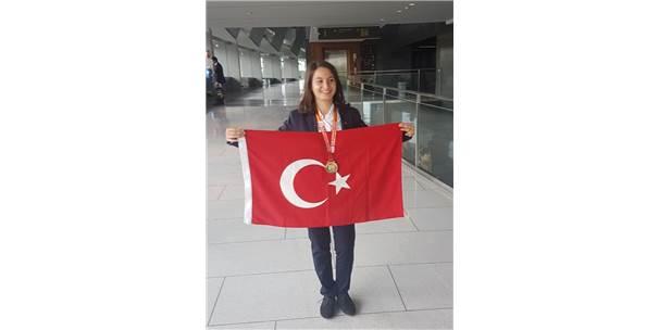 Ceylan, Türkiye'nin Gururu Oldu
