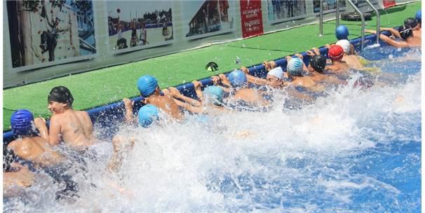 Çocuklar Bu Havuzlarda Hem Öğreniyor, Hem Eğleniyor