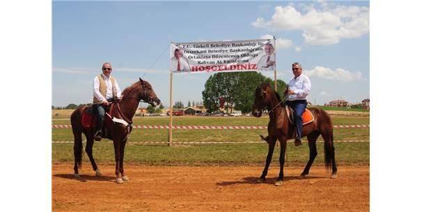 Devrekani'de Geleneksel At Yarışları Düzenlendi