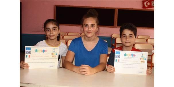 Türk Öğrenciler Göçmenliği Yaşadı