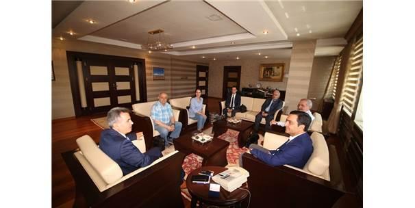 Vali Elban, Kırşehir Belediye Başkanı Bahçeci'yi Ağırladı