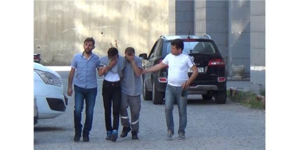 Uçak Bagajından Altın Çalan Hırsızlar Yakayı Ele Verdi