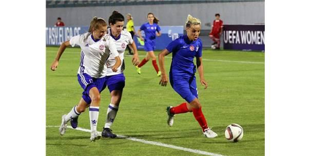 Konak, Uefa Kadınlar Şampiyonlar Liginde İkide İki Yaptı
