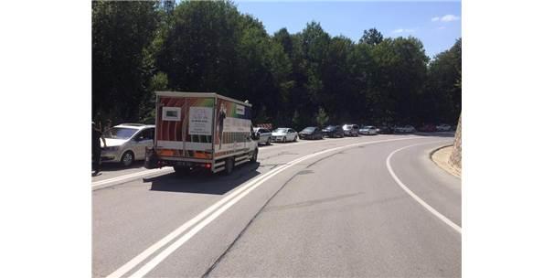 Dereköy Sınır Kapısı'nda 5 Kilometrelik Araç Kuyruğu
