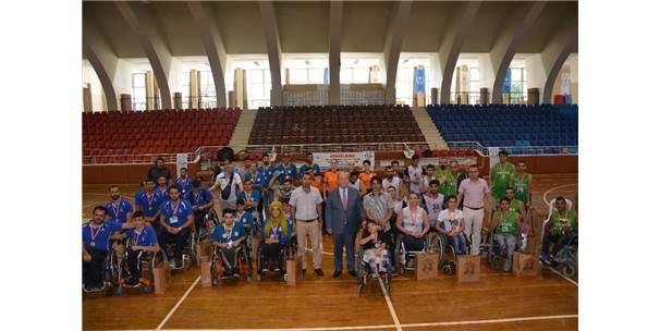 Efeler'de Uluslararası Engelli Basketbol Turnuvası Sona Erdi