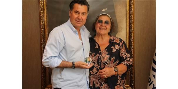 İsmet Sezgin'in Kızı Ayşe Sezgin'den Başkan Kocadon'a Ziyaret