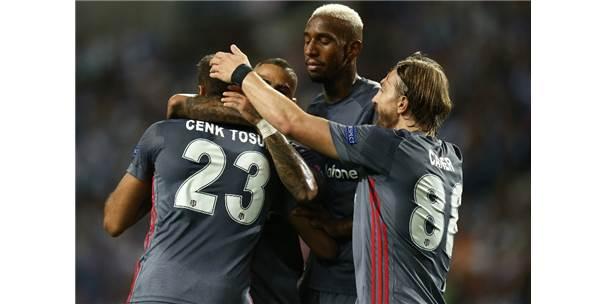 Beşiktaş, Porto'yu 3-1'lik skorla yendi