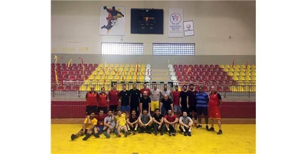 Göztepe'den Bülent Özkul Spor Salonu'na Veda