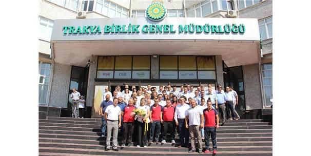 Yasemin Adar, Edirne'de Çiçeklerle Karşılandı
