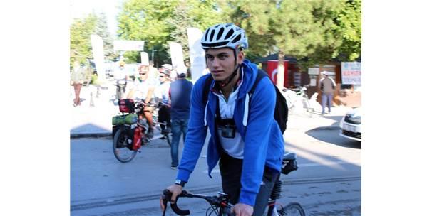 Avrasya Tünelini Bisikletiyle Geçip Ceza Yiyen Bisikletçinin Beyşehir Paylaşımı İlgi Çekiyor