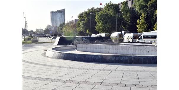 Ankara Büyükşehir'den Tbmm Önündeki Atatürk Meydanı Açıklaması