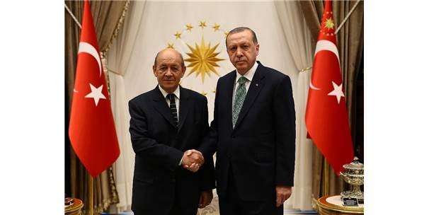 Cumhurbaşkanı Erdoğan, Fransa Dışişleri Bakanı'nı Kabul Etti