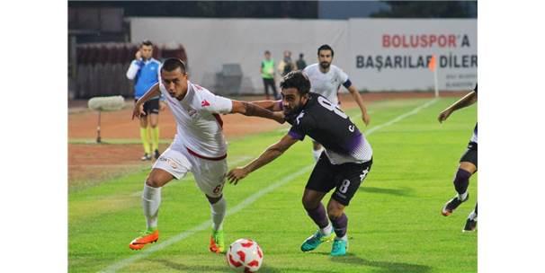 Boluspor evinde Sinopspor ile oynadığı karşılaşmayı 3-0 kazandı