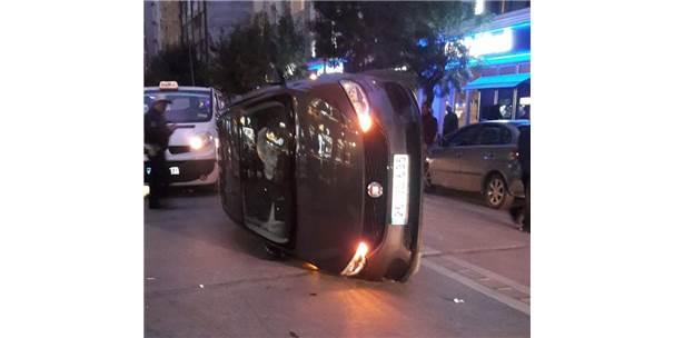 2 Kişinin Yaralandığı Kazada Otomobil Böyle Durabildi