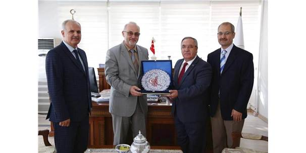 Diyanet İşleri Başkan Yardımcısı Prof. Dr. Yavuz Ünal Kütahya'da
