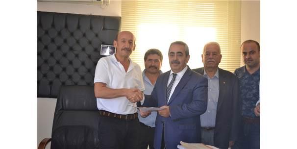 Ak Parti Altınözü İlçe Başkanı Bulanık, Mazbatasını Aldı