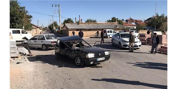 Polisten 30 Kilometre Kaçan Ehliyetsiz Sürücü Kaza Yapınca Yakalandı