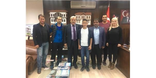 1308 Osmaneli Belediyespor'dan Sakaryaspor Ve Bursaspor'a Transfer