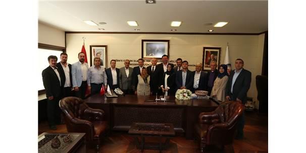 Ak Parti Tavas İlçe Teşkilatından Başkan Zolan'a Ziyaret